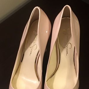 Jessica Simpson soft pink pumps